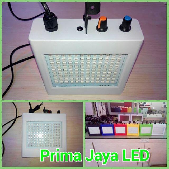Fatro LED Flasher RGB Kotak Body Putih
