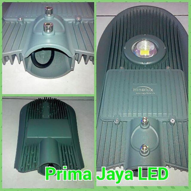 Lampu penerangan jalan LED