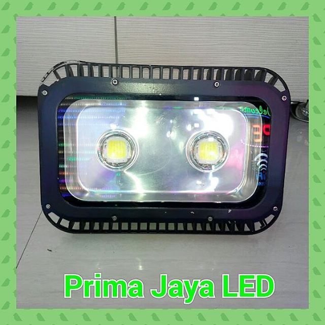 Semi Floodlight LED 150 Watt