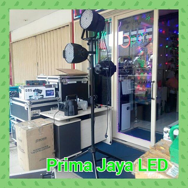 Tripod Standing Par LED