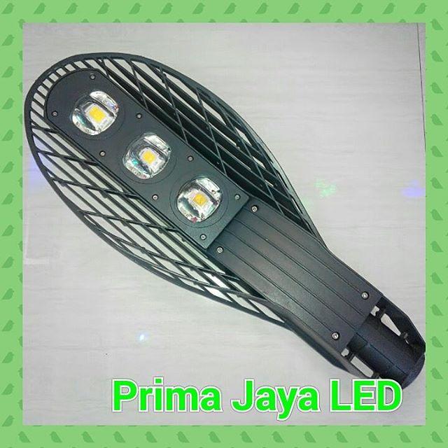 LED PJU 150 Watt Model Daun