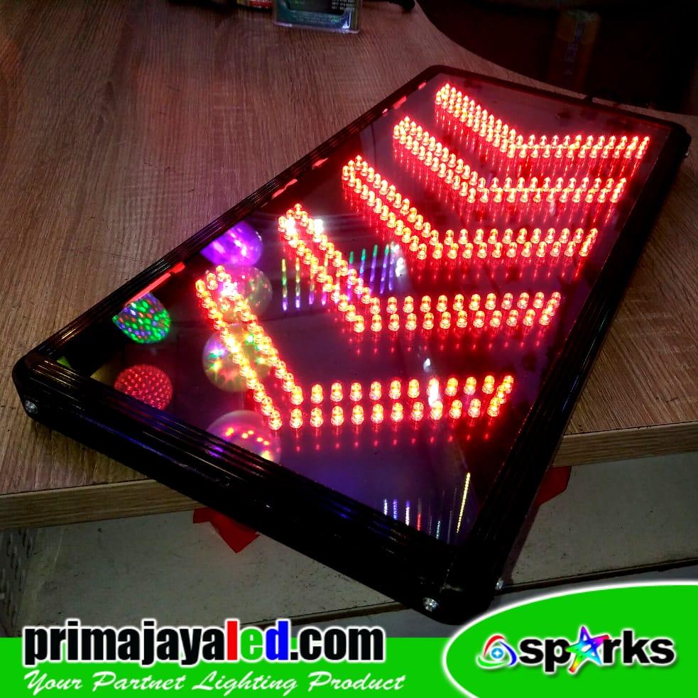 Lampu LED Basemen Arrow Merah