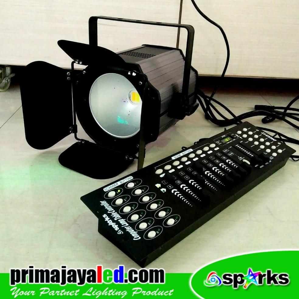 Freshnel LED 200w Set DMX 512