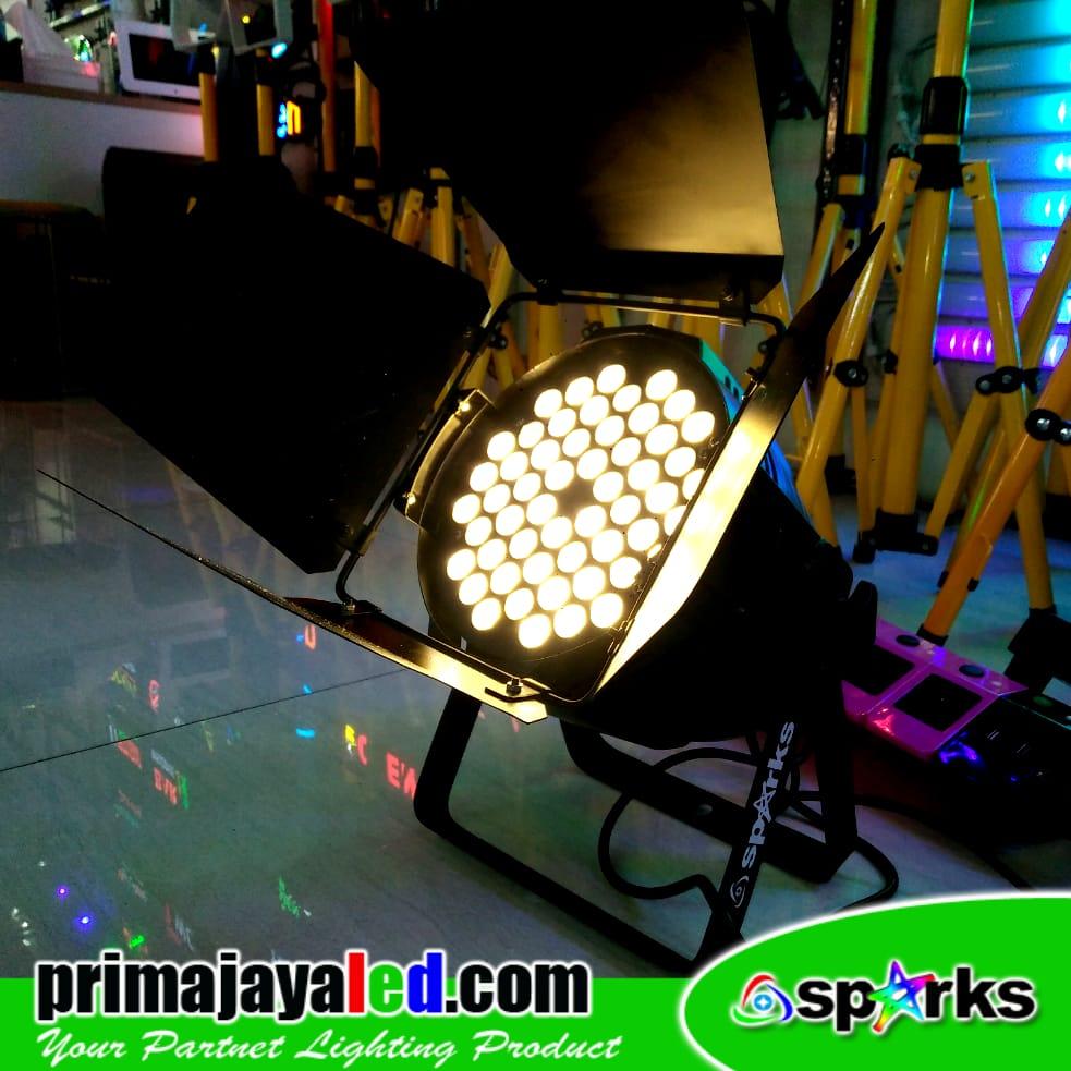 Set Freshnel LED 54 DMX 512